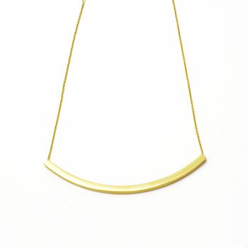 Necklace with curve bar